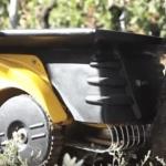 Mähroboter Vitirover im Einsatz auf dem Weinberg